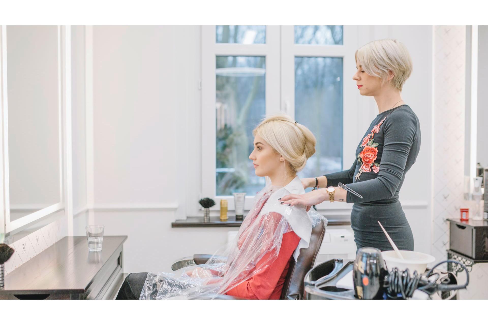 Окрашивание волос профессиональными красителями: секреты и ошибки